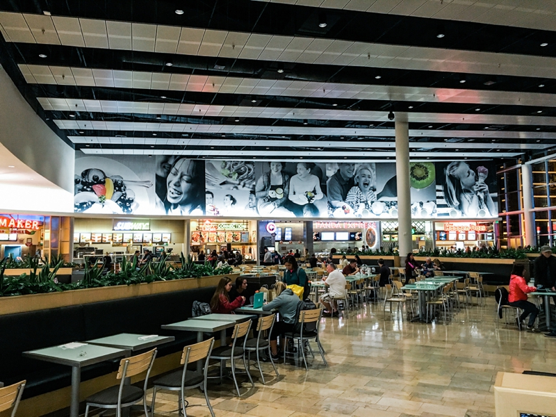 Las Vegas Fashion Show Mall food court