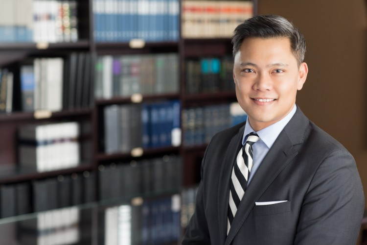headshot of a male lawyer